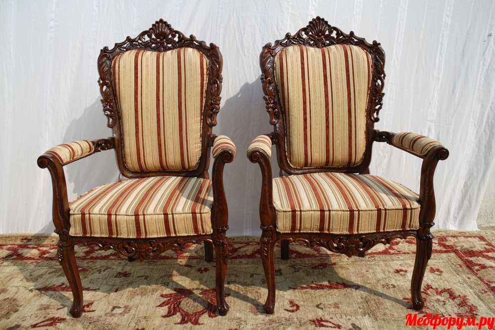 chairs (44).JPG