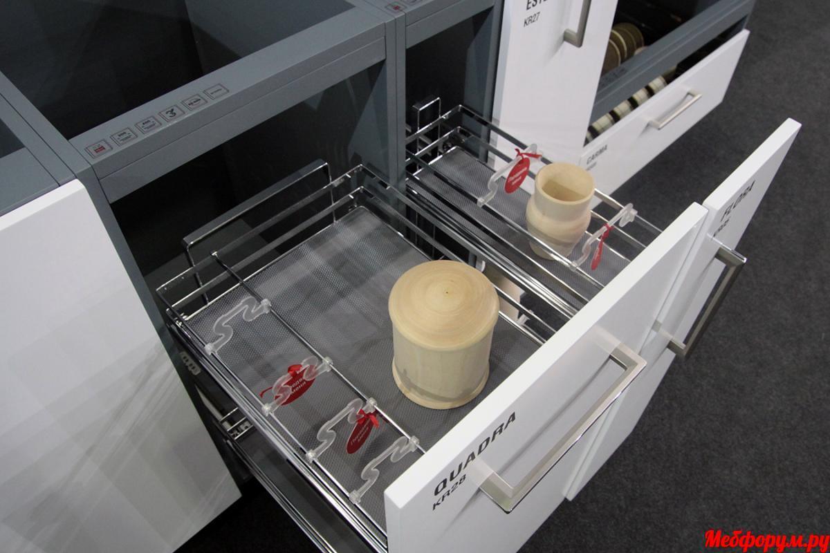 Выдвижные корзины для кухни BOYARD.JPG